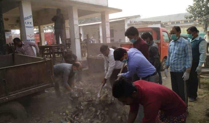 Jhansi-शासन से कराए जा रहे निर्माण कार्य के पैसों का हो रहा है बंदरबांट ! Soni News