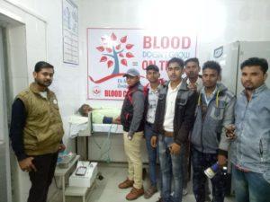 जालौन-उरई में ओम सेवा संस्थान द्वारा लगाया गया रक्तदान शिविर।रक्तदान से बड़ा कोई दान नही-सुनील हिंदुस्तानी