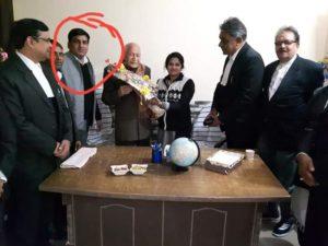 उत्तर प्रदेश बार काउंसिल के अध्यक्ष दरवेश यादव को उनके साथी ने गोली मारकर की हत्या